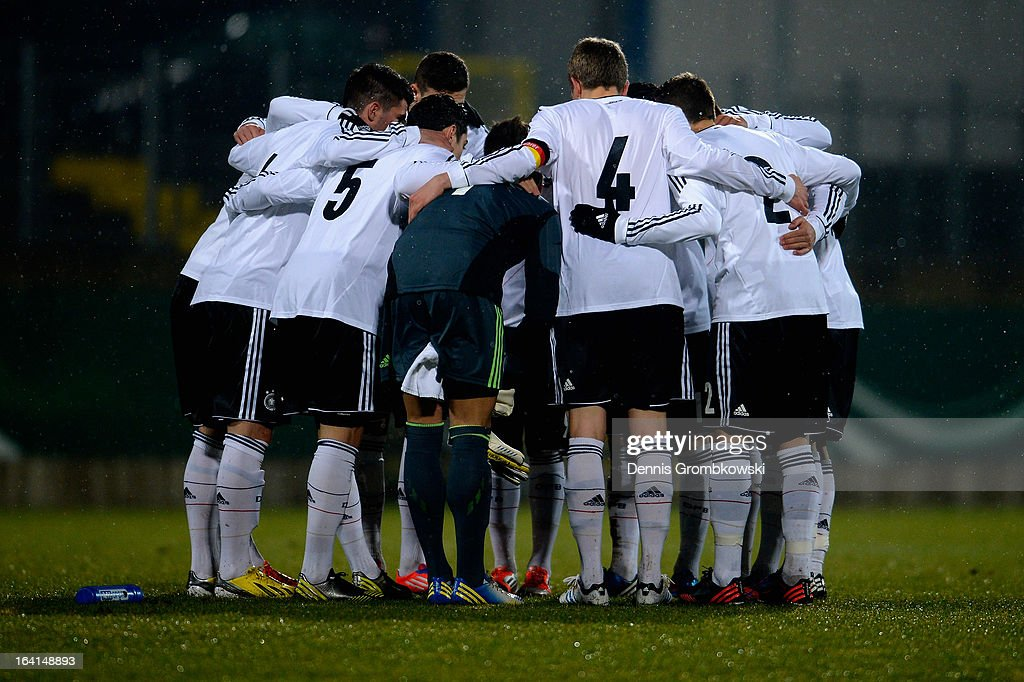 Germany players get together prior to the International Friendly match between U19 Germany and U19 Spain on March 20, 2013 in Duesseldorf, Germany.