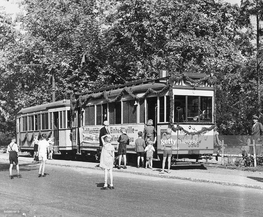 Germany post war years traffic in berlin the first tram in berlin running between