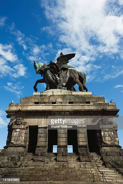 Germany, Rheinland-Pfaltz, Koblenz, Kaiser Wilhelm I statue, Deutsches Eck at confluence of Mosel and Rhein rivers