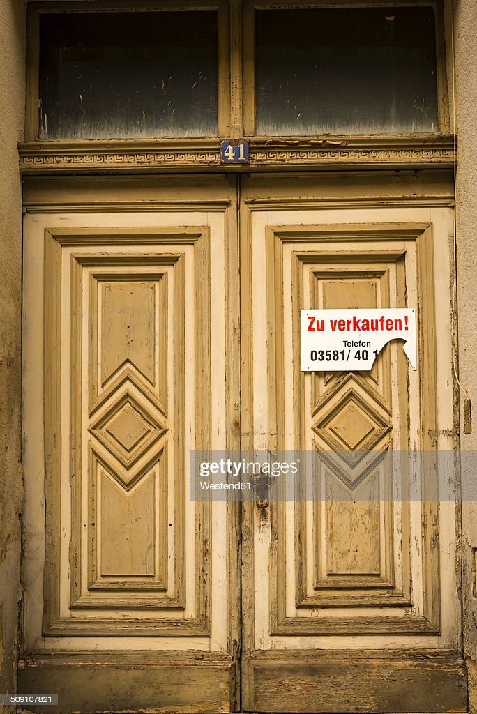 Germany, Saxony, Goerlitz, entrance door of abandoned house : Stock Photo