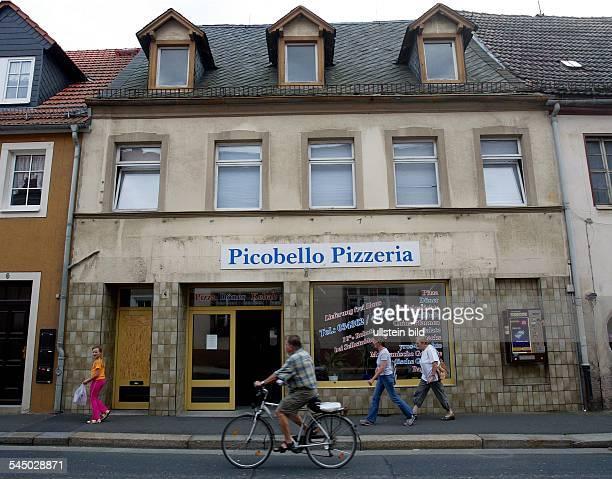 exterior view of the pizzeria 'Picobello'