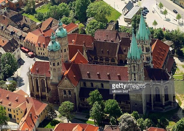 Germany SaxonyAnhalt Naumburg 'Naumburg' cathedralAerial view