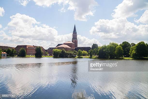 Germany, Schleswig-Holstein, Kiel, Townhall and Lake Small Kiel