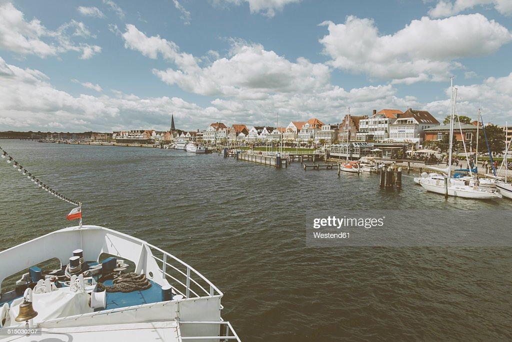Germany, Schleswig-Holstein, Travemuende, Promenade
