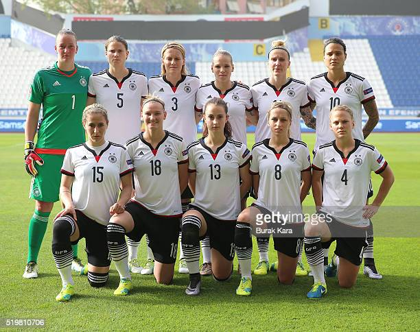 Germany team pose for the photographers in the UEFA Women's Euro 2017 Qualifier match between Turkey in Istanbul on April 8 Turkey