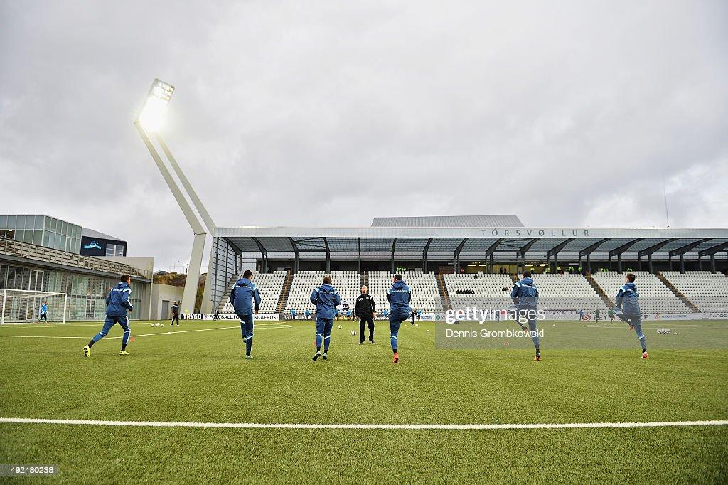 Germany team warm up prior to kickoff during the 2017 UEFA European U21 Championships Qualifier between U21 Faroe Islands and U21 Germany at...