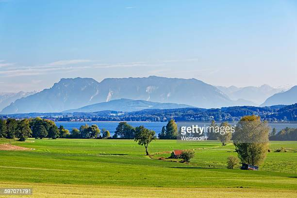 Germany, Upper Bavaria, Lake Waginger See with Untersberg