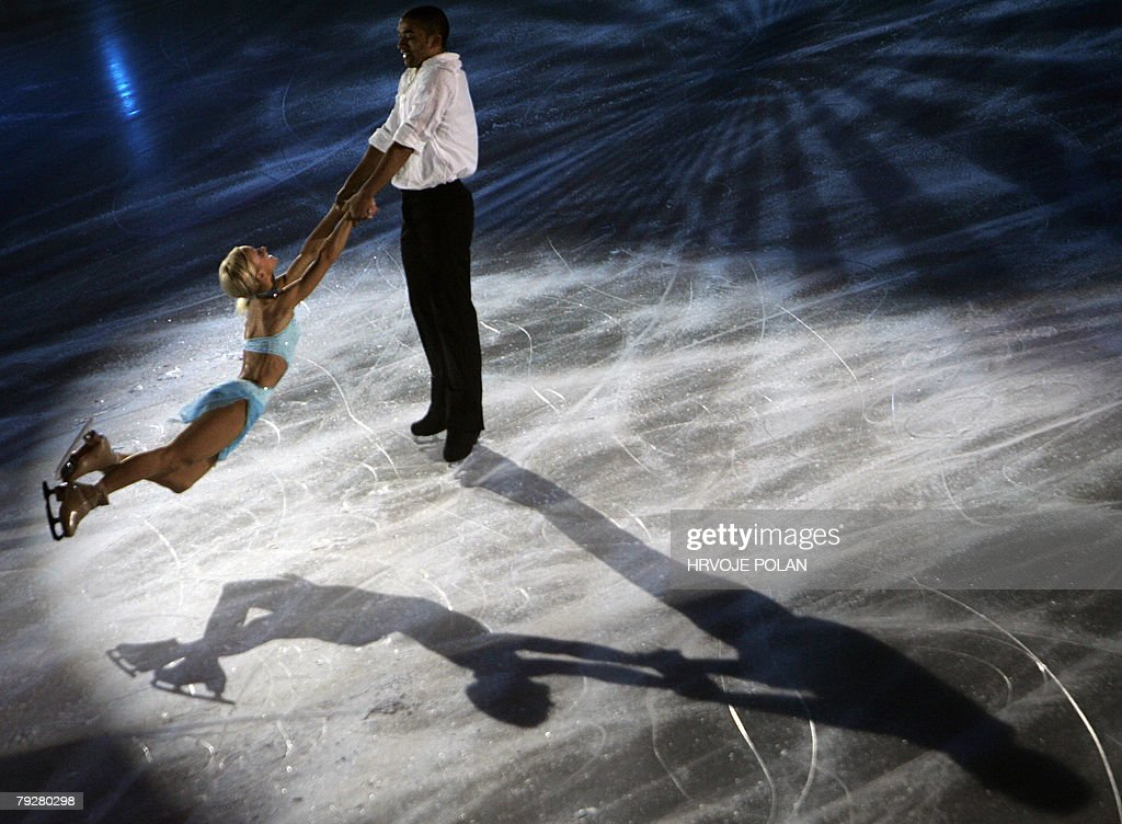 Germany's Aliona Savchenko and Robin Szolkowy perform an exhibition program at the Dom Sportova Arena in Zagreb 27 January 2008 during the gala of...