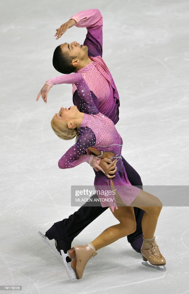 Germany's Aliona Savchenko and Robin Szolkowy perform their free skating program at the Dom Sportova Arena in Zagreb, 23 January 2008, during the European Figure Skating Championships 2008. Germany's Aliona Savchenko and Robin Szolkowy won the gold medal.