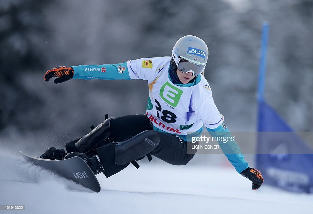 Germany's <a gi-track='captionPersonalityLinkClicked' href=/galleries/search?phrase=Amelie+Kober&family=editorial&specificpeople=869316 ng-click='$event.stopPropagation()'>Amelie Kober</a> competes during the Women's Snowboard Parallel Slalom qualification at the FIS Freestyle and Snowboarding World Ski Championships 2015 in Lachtal near Kreischberg, Austria on January 22, 2015.