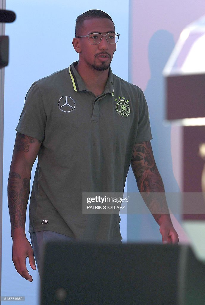 Germany's defender Jerome Boateng arrives to address a press conference at their training grounds in Evian-les-Bains, eastern France, on June 30, 2016, during the Euro 2016 football tournament. / AFP / PATRIK