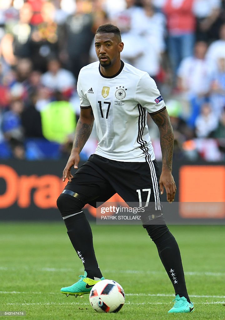Germany's defender Jerome Boateng controls the ball during the Euro 2016 round of 16 football match between Germany and Slovakia at the Pierre-Mauroy stadium in Villeneuve-d'Ascq near Lille on June 26, 2016. / AFP / PATRIK