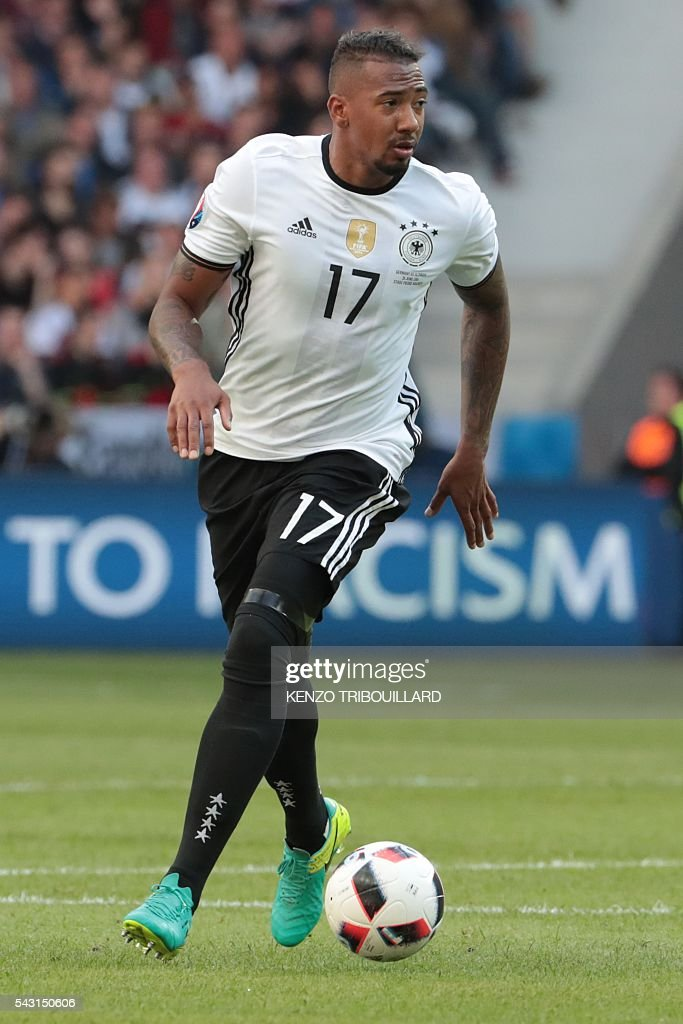 Germany's defender Jerome Boateng controls the ball during the Euro 2016 round of 16 football match between Germany and Slovakia at the Pierre-Mauroy stadium in Villeneuve-d'Ascq near Lille on June 26, 2016. / AFP / KENZO