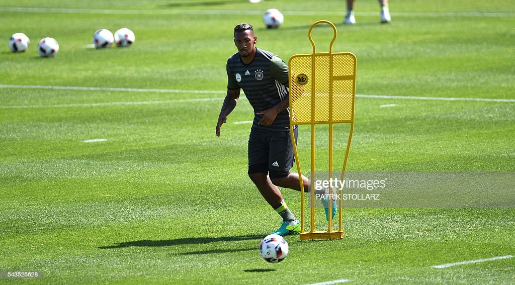 Germany's defender Jerome Boateng practoces during a training session at the team's training grounds in Evian-les-Bains on June 29, 2016 during the Euro 2016 football tournament. / AFP / PATRIK