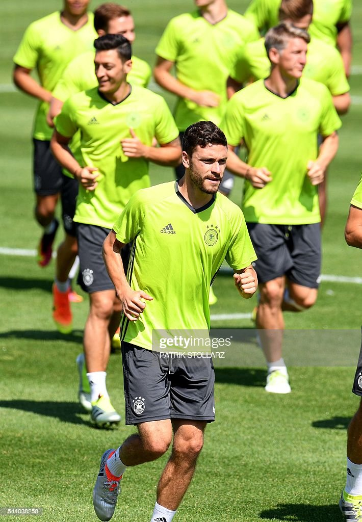 Germany's defender Jonas Hector attends a training session at the team's training grounds in Evian on July 1, 2016, on the eve of the Euro 2016 quarter-final football match between Germany and Italy. / AFP / PATRIK