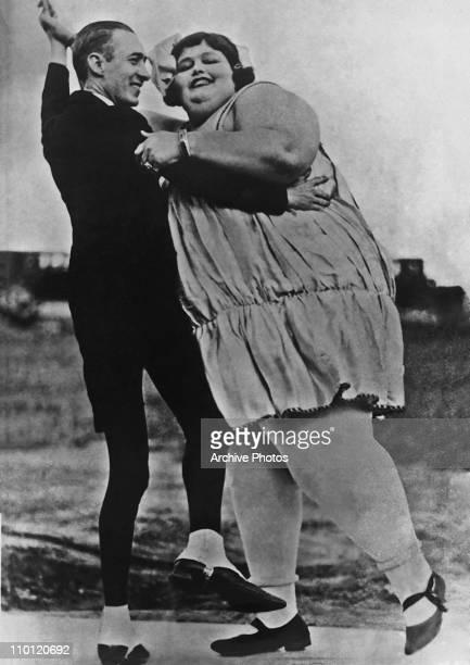 Germany's heaviest woman Alien von Dalles dances with 'human skeleton' Eugene Fowler Berlin Germany circa 1925