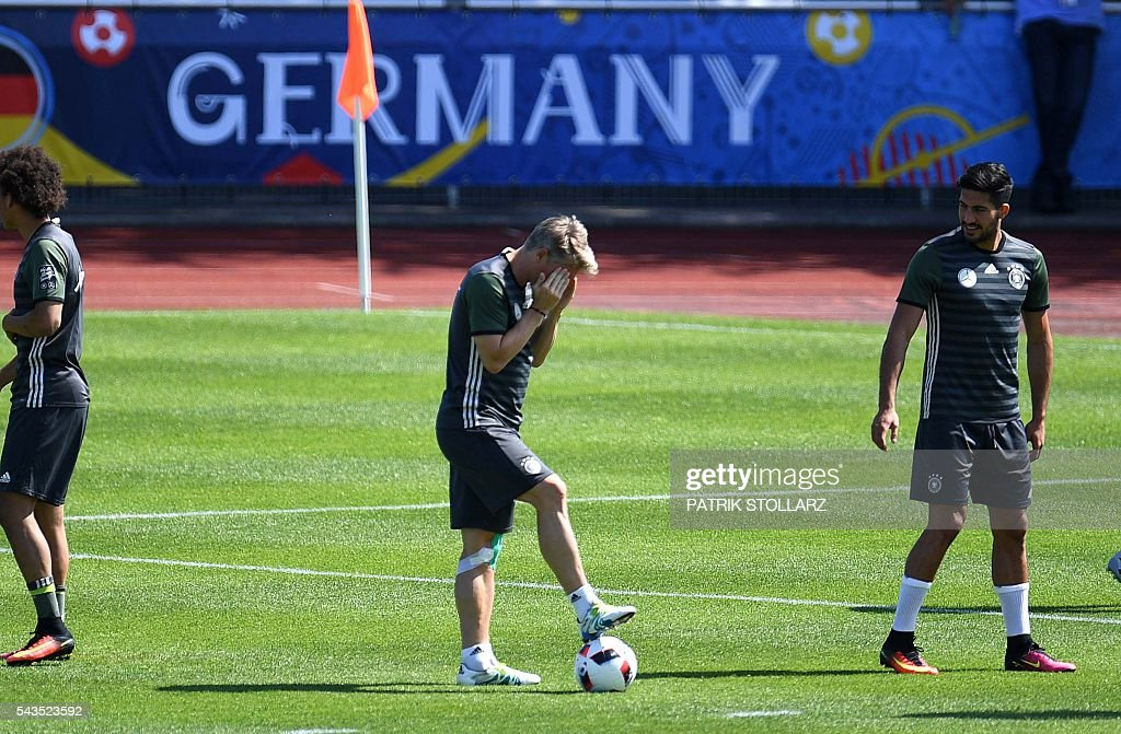 Germany's midfielder Bastian Schweinsteiger is pictured during a training session at the team's training grounds in Evian-les-Bains on June 29, 2016 during the Euro 2016 football tournament. / AFP / PATRIK