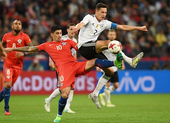 FBL-CONFED-CUP-MATCH07-GER-CHI : News Photo