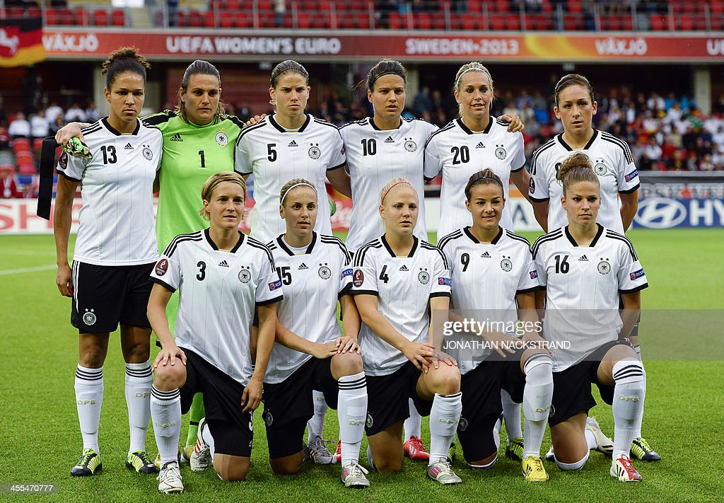 Germany's players pose for their team's photo prior to the UEFA Women's European Championship Euro 2013 group B football match Iceland vs Germany on July 14, 2013 in Vaxjo, Sweden. Germany won 3-0. AFP PHOTO/JONATHAN NACKSTRAND
