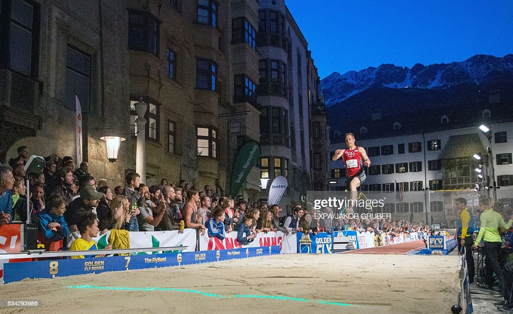 Germany's prosthetic-legged long jumper Markus Rehm competes during the Golden Roof Challenge on May 25, 2016, in front of the Golden Roof in Innsbruck. / AFP / APA / EXPA/JAKOB GRUBER / Austria OUT