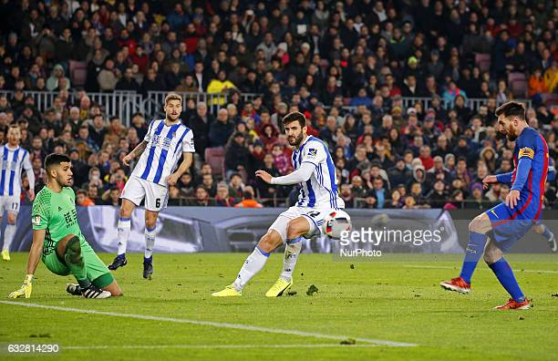 Geronimo Rulli Raul Navas and Leo Messi during the 1/4 final King Cup match between FC Barcelona v Real Sociedad in Barcelona on January 26 2017