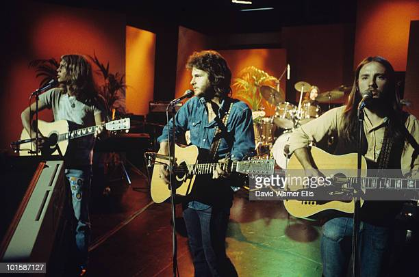Gerry Beckley Dan Peek and Dewey Bunnell of America perform on a BBC television show on April 30 1973