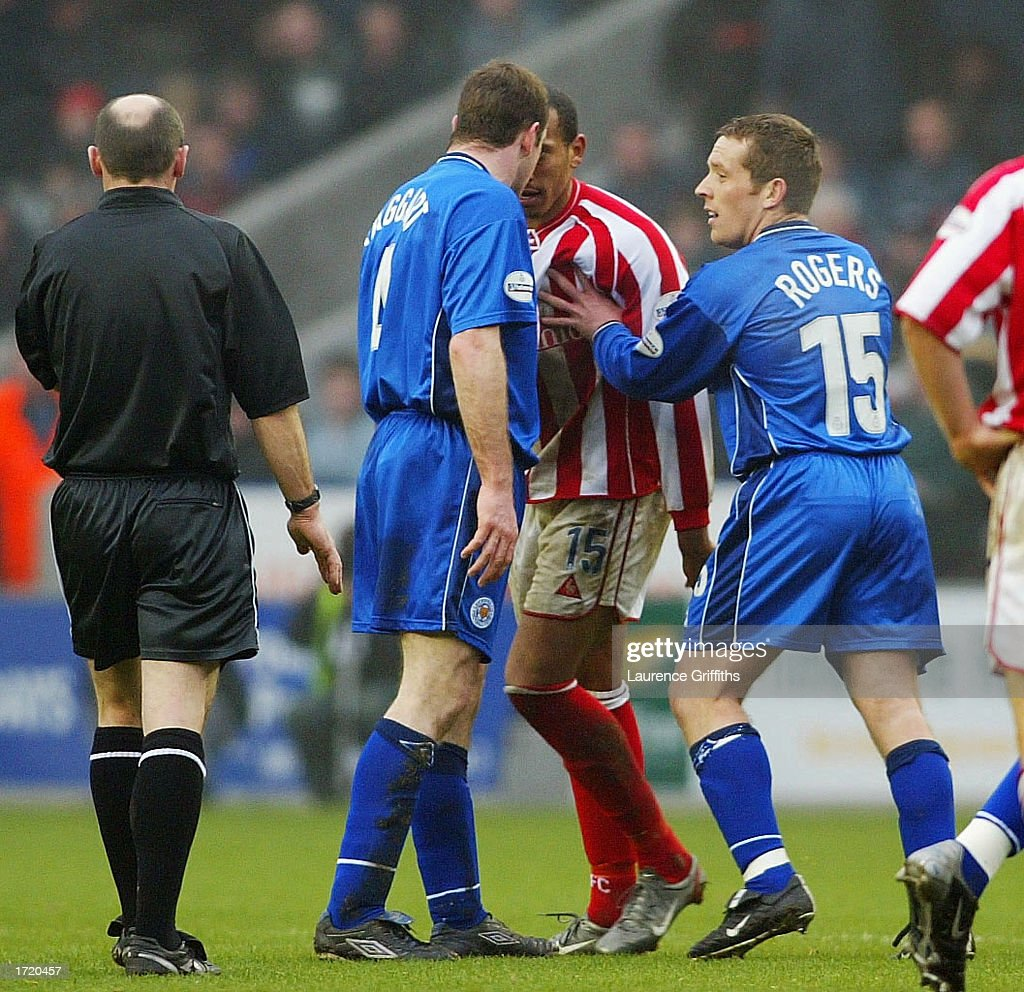 Gerry Taggart of Leicester City clashes heads with Chris Iwelumo of Stoke before being sent off during the Nationwide First Division match between Leicester City and Stoke City on January 11, 2003 at the Walkers Stadium, Leicester, England.