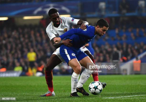 Gerson of AS Roma and Eden Hazard of Chelsea battle for posession during the UEFA Champions League group C match between Chelsea FC and AS Roma at...