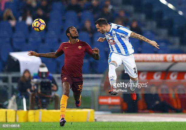 Gerson of AS Roma and Simone Pepe of Pescara in action during the Italian Serie A football match between AS Roma and Pescara on November 27 2016 at...