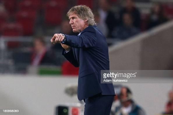 Gertjan Verbeek head coach of Nuernberg gestures during the Bundesliga match between VfB Stuttgart and 1FC Nuernberg at MercedesBenz Arena on October...