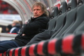 Gertjan Verbeek head coach of Nuernberg looks on prior the Bundesliga match between 1 FC Nuernberg and TSG 1899 Hoffenheim at Easy Credit Stadium on...