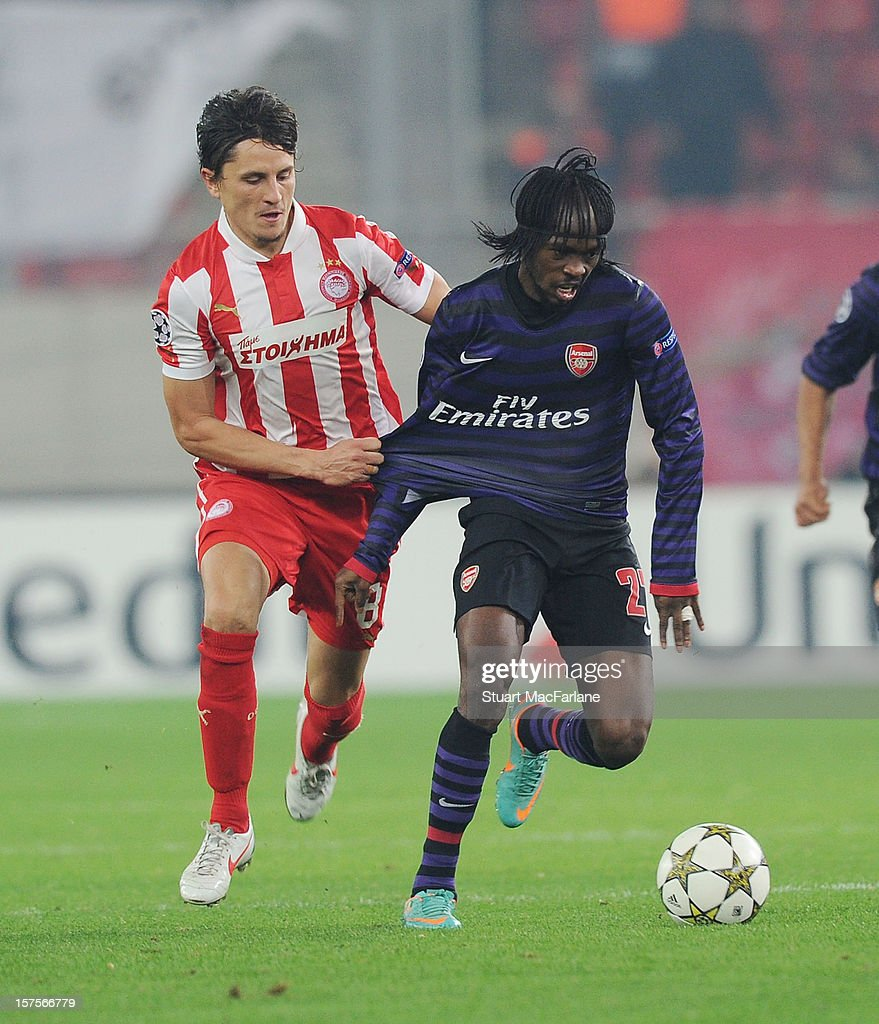 Olympiacos FC v Arsenal FC UEFA Champions League s and