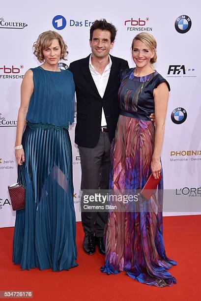 Gesine Cukrowski Oliver Mommsen und Tanja Wedhorn attend the Lola German Film Award on May 27 2016 in Berlin Germany