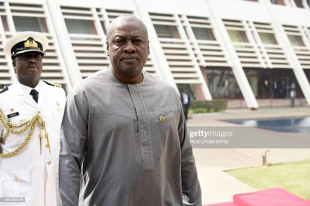 Ghanaian President and ECOWAS chairman John Mahama arrives to attend the Summit of ECOWAS Heads of state and government in Abuja on December 15, 2014. Heads of states and government of ECOWAS are meeting in Abuja to discuss the on-going fight against the deadly Ebola virus disease that is ravaging the region, as well as the political and security situation in the region. AFP PHOTO/PIUS UTOMI EKPEI