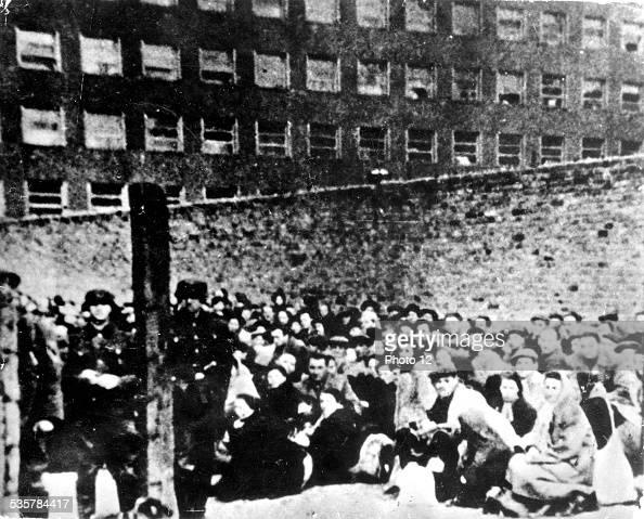 Ghetto in Warsaw Boarding place for the Warsaw ghetto Stouski street 20th Poland World War II Jewish Documentation Center