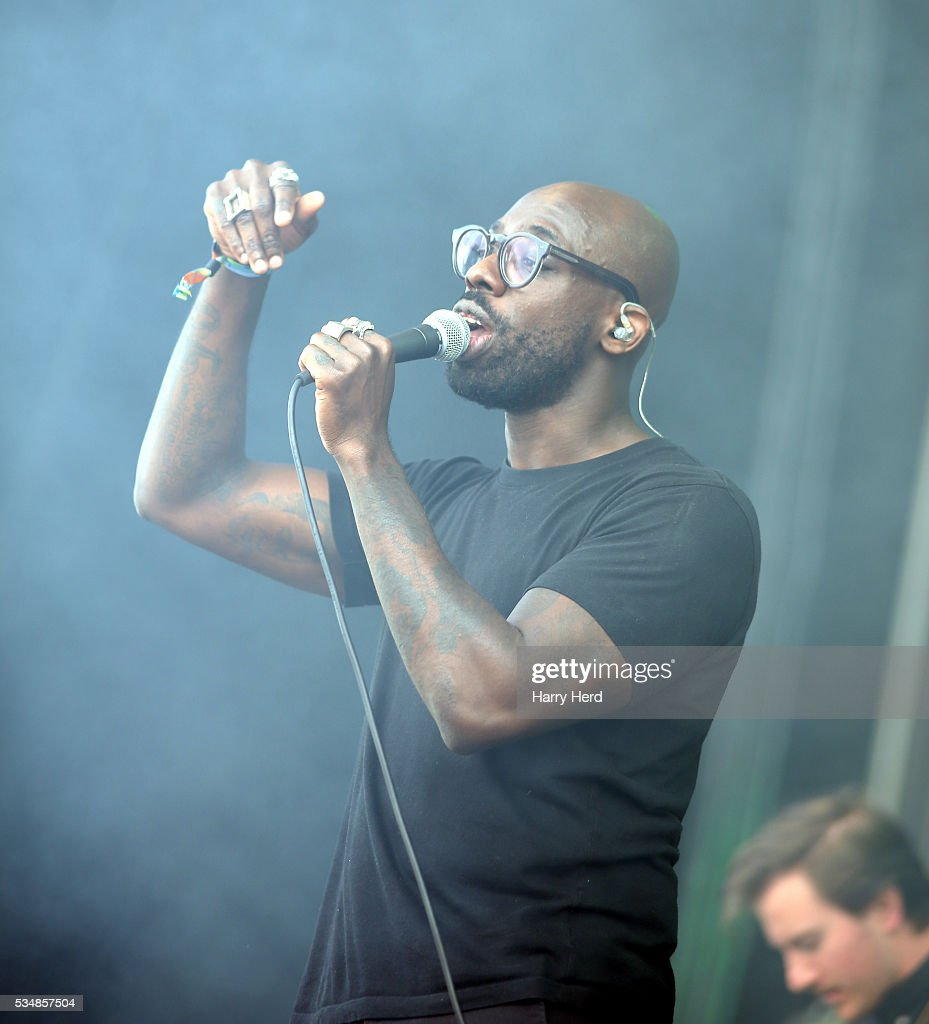 <a gi-track='captionPersonalityLinkClicked' href=/galleries/search?phrase=Ghostpoet&family=editorial&specificpeople=7520973 ng-click='$event.stopPropagation()'>Ghostpoet</a> performs at Common People Festival at Southampton Common on May 28, 2016 in Southampton, England.