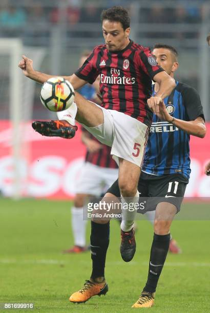 Giacomo Bonaventura of AC Milan controls the ball during the Serie A match between FC Internazionale and AC Milan at Stadio Giuseppe Meazza on...
