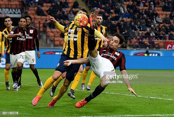 Giacomo Bonaventura of AC Milan in action during the Serie A match betweeen AC Milan and Hellas Verona FC at Stadio Giuseppe Meazza on December 13...
