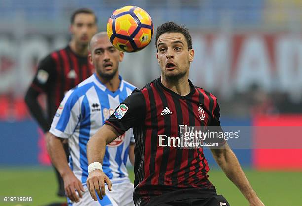 Giacomo Bonaventura of AC Milan in action during the Serie A match between AC Milan and Pescara Calcio at Stadio Giuseppe Meazza on October 30 2016...