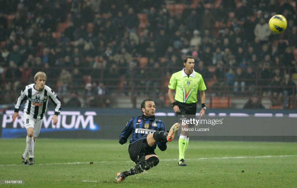 <a gi-track='captionPersonalityLinkClicked' href=/galleries/search?phrase=Giampaolo+Pazzini&family=editorial&specificpeople=800179 ng-click='$event.stopPropagation()'>Giampaolo Pazzini</a> of FC Internazionale Milano misses a penalty during the Serie A match between FC Internazionale Milano and Udinese Calcio at Stadio Giuseppe Meazza on December 3, 2011 in Milan, Italy.
