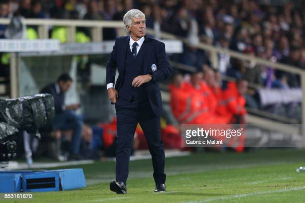 Giampiero Gasperini manager of Atalanta BC look on during the Serie A match between FC Crotone and Benevento Calcio at Stadio Artemio Franchi on...