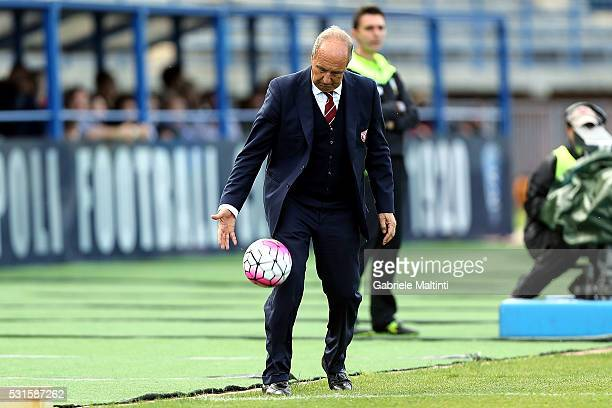 Giampiero Ventura manager of Torino FC gestures during the Serie A match between Empoli FC and Torino FC at Stadio Carlo Castellani on May 15 2016 in...