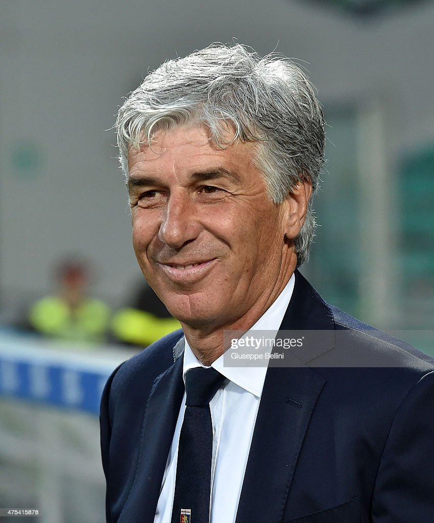 <a gi-track='captionPersonalityLinkClicked' href=/galleries/search?phrase=Gian+Piero+Gasperini&family=editorial&specificpeople=4667555 ng-click='$event.stopPropagation()'>Gian Piero Gasperini</a> head coach of Genoa during the Serie A match between US Sassuolo Calcio and Genoa CFC at Mapei Stadium on May 31, 2015 in Reggio nell'Emilia, Italy.