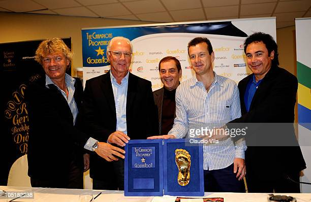 Giancarlo Antognoni Franz Beckenbauer Antonio Caliendo Carlos Dunga and Hugo Sanchez posing with Golden Foot Awards during today's Press Conference...