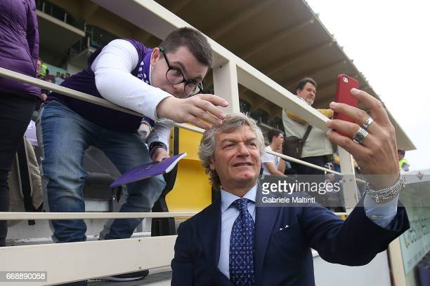 Giancarlo Antognoni of ACF Fiorentina gestures during the Serie A match between ACF Fiorentina and Empoli FC at Stadio Artemio Franchi on April 15...