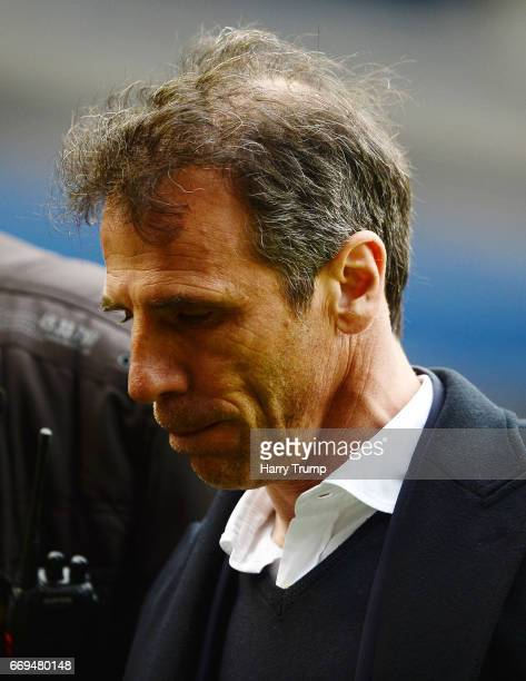 Gianfranco Zola Manager of Birmingham City cuts a dejected figure as he leaves the pitch at the final whistle during the Sky Bet Championship match...