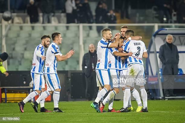 Gianluca Caprari of Pescara Calcio celebrates after scoring the goal 11 during the Serie A match between Pescara Calcio and Cagliari Calcio at...