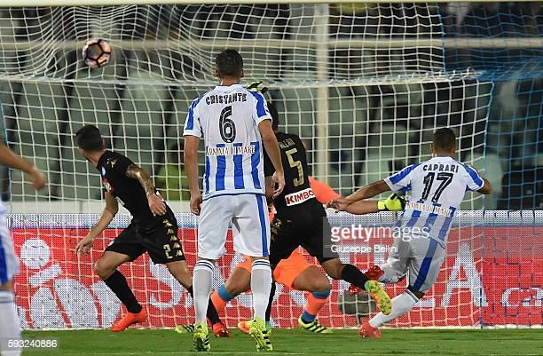 Gianluca Caprari of Pescara Calcio scores the goal 20 during the Serie A match between Pescara Calcio and SSC Napoli at Adriatico Stadium on August...