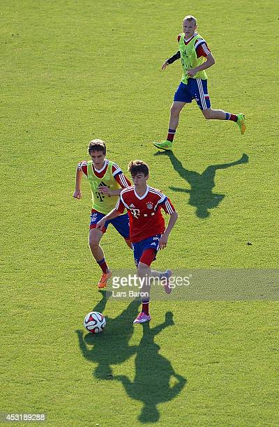 Gianluca Gaudino challenges Lucas Scholl during a Bayern Muenchen training session at day six of the Audi Summer Tour USA 2014 on August 4 2014 in...