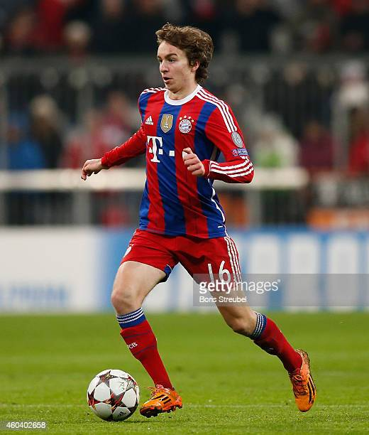 Gianluca Gaudino of Muenchen runs with the ball during the UEFA Champions League Group E match between FC Bayern Muenchen and PFC CSKA Moskva at...
